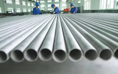 Stainless Steel 304L Pipes & Tubes